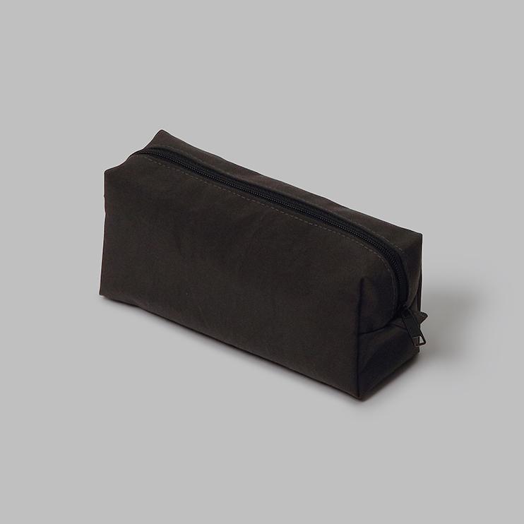 用途も広い箱型ペンケース