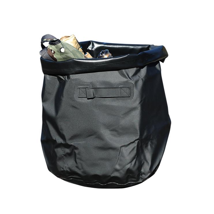 防水シートを使ったどんなフィールドでも持ち出せるタープバッグ