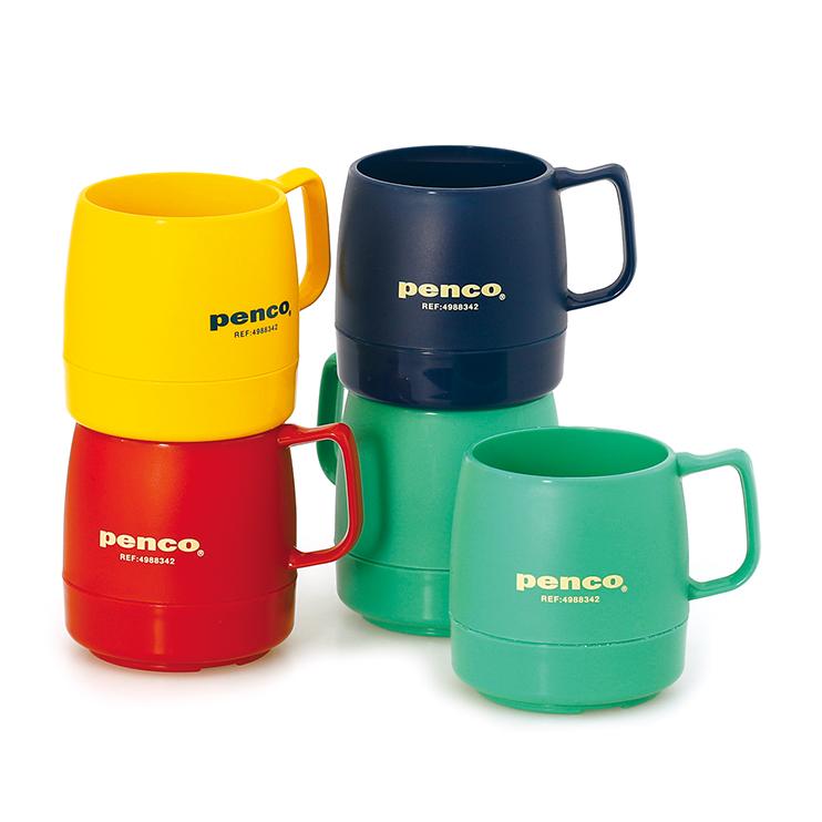 熱を逃さず長時間温度をキープできるマグカップ