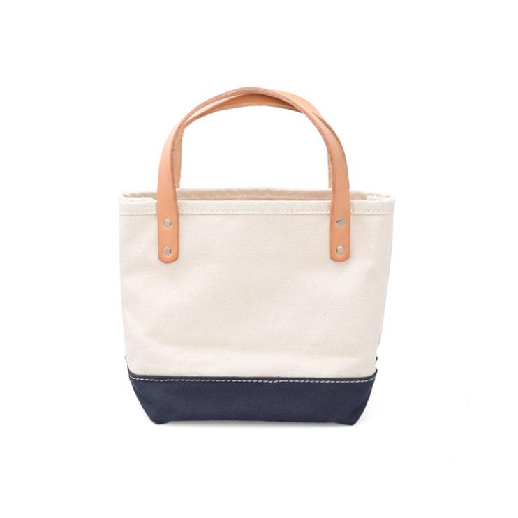 ちいさくても頑丈、底広で使いやすいミニバッグ