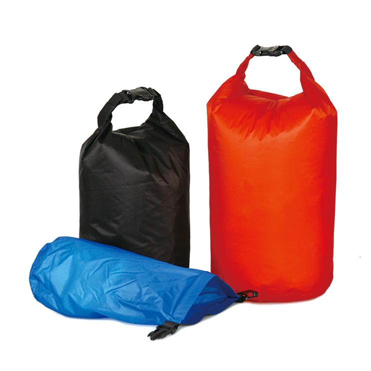荷物を小分けにしてスッキリ収納 / Dependable organizer f…